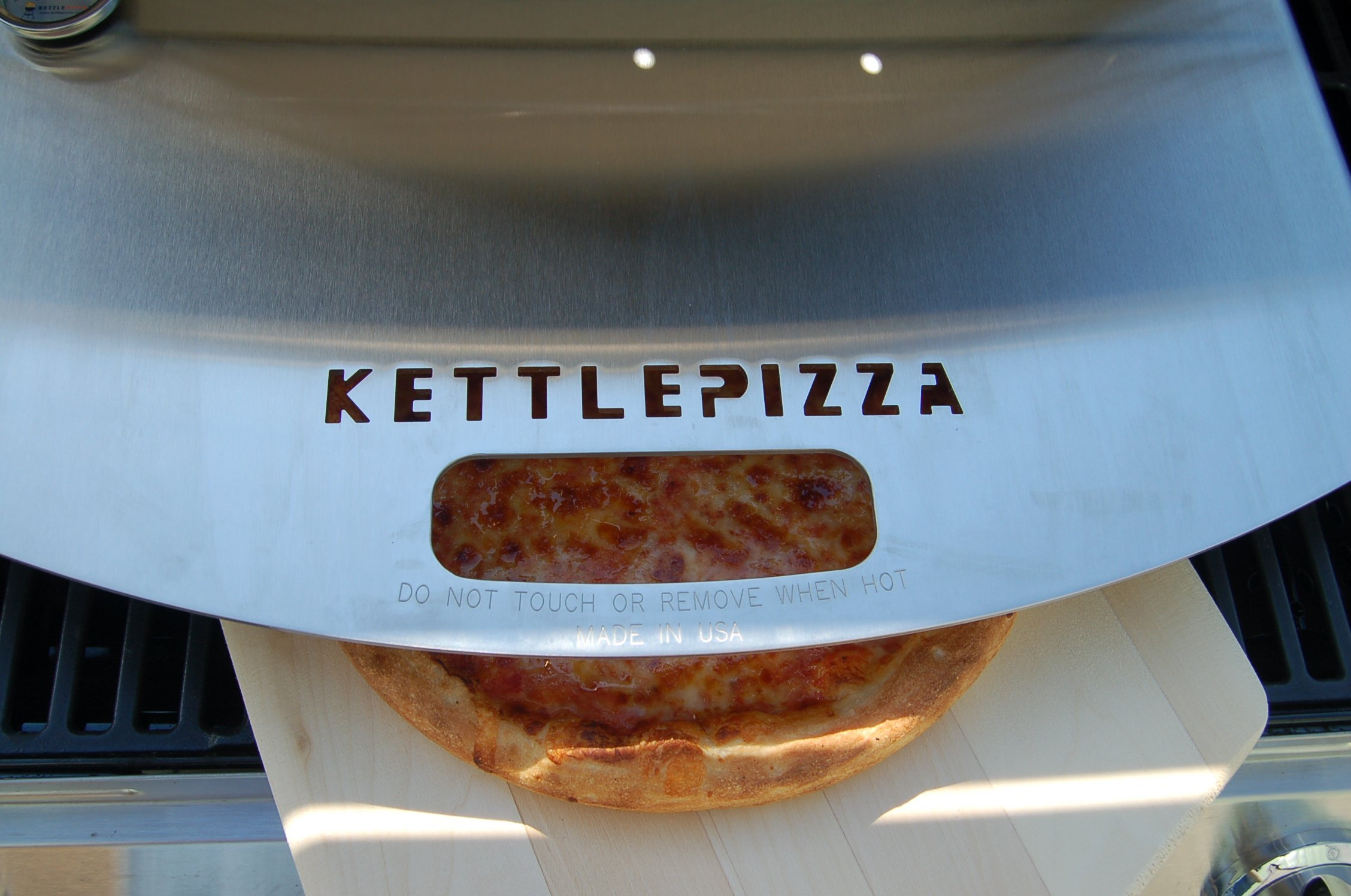 KettlePizza Gas Pro Deluxe Pizza Oven Kit - KPD-GP by Kettle Pizza (Image #3)