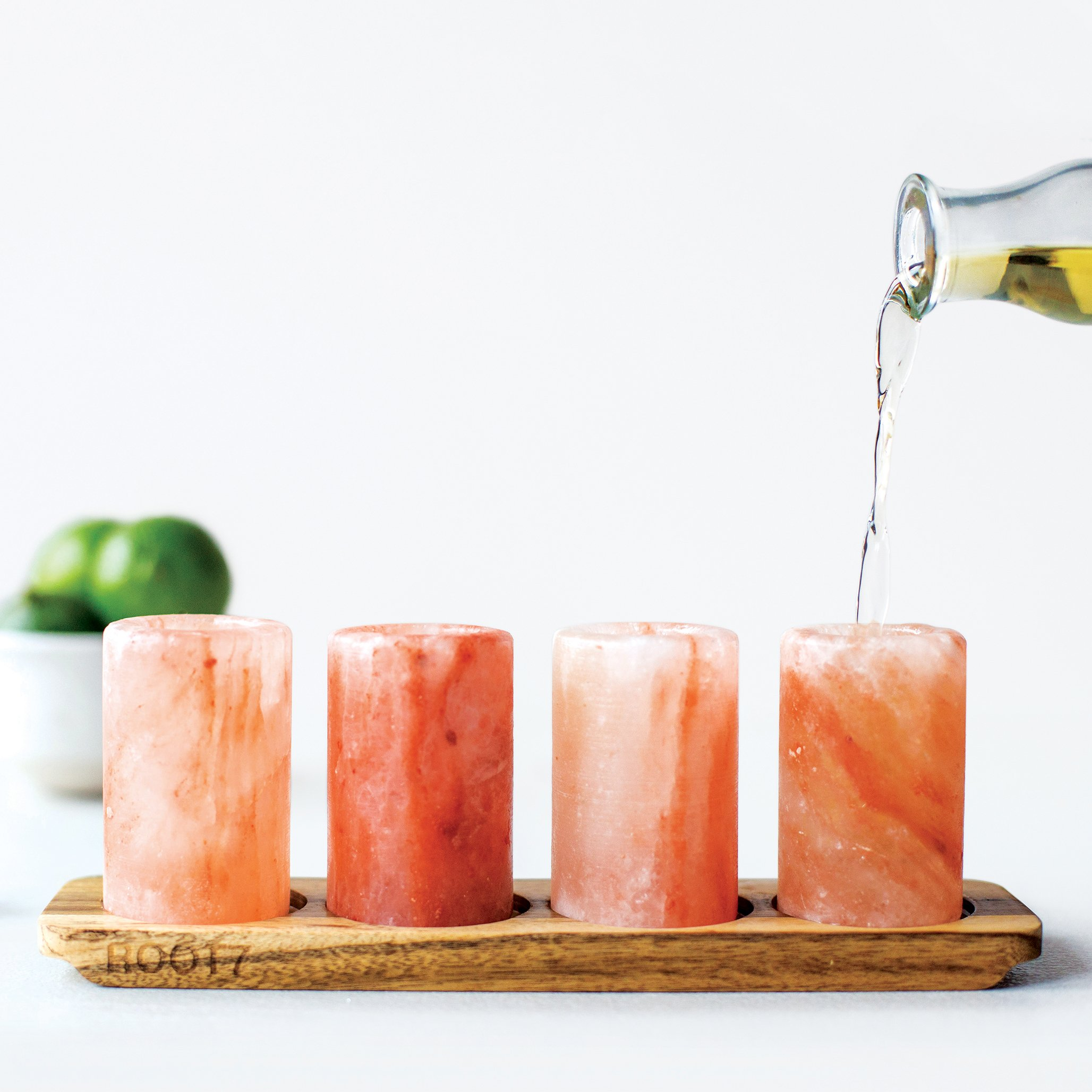 Himalayan Salt Shot Glasses 4 Pack With Acacia Wood Serving Board from Root7. Set Of 4 Salt Shot Tequila Glasses. FDA Approved Ethically Sourced 100% Natural Himalayan Salt.