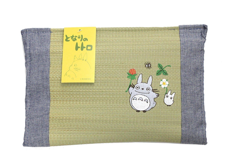 Ikehiko Studio Ghibuli My Neighbor Totoro authentic Japanese Rush grass Mini Pillow Smells good ''Totoros with Strawberry'' 30×20cm 3649129 from Japan