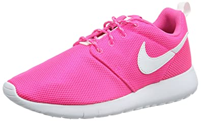 Nike Big Kids Roshe One GS Running Shoes, Pink Blast/White, 5 M