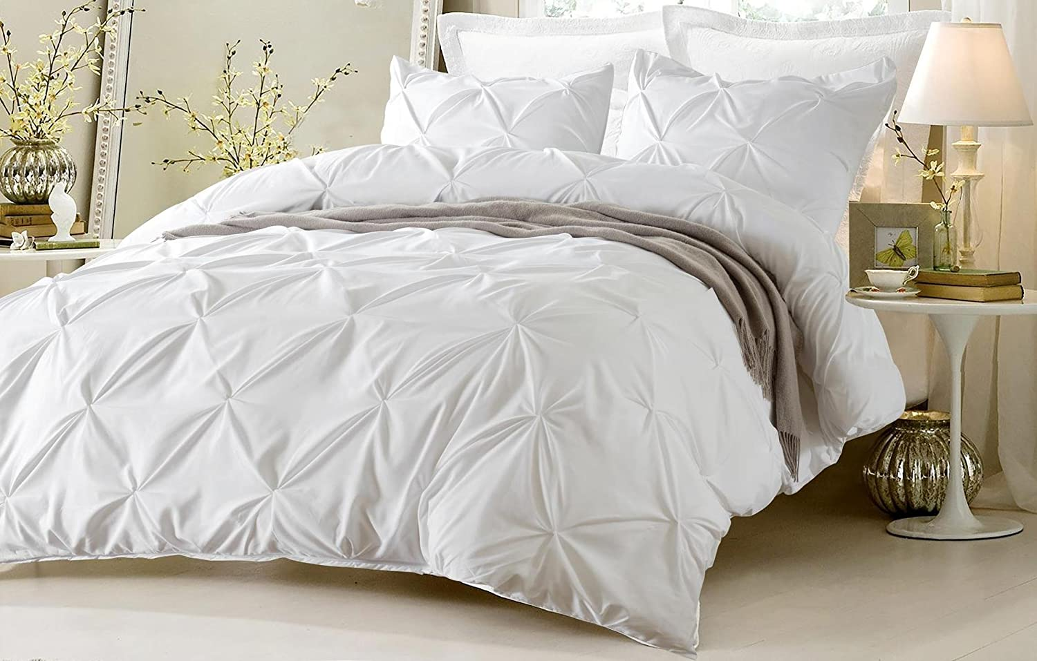 4pc Pinch Pleat Design White Bedding Set-Includes Comforter and Duvet Cover
