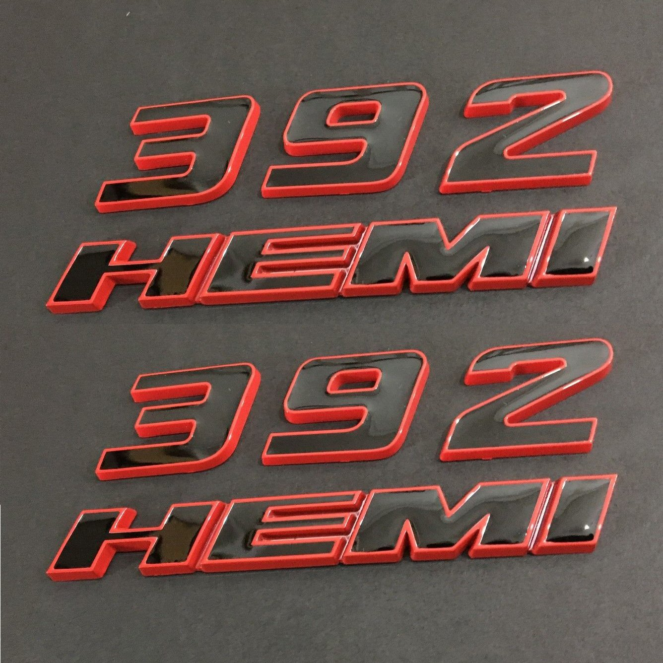 Yoaoo 2pcs OEM 392 HEMI Emblem 392Hemi Badge 3D for Dodge Challenger Red Frame