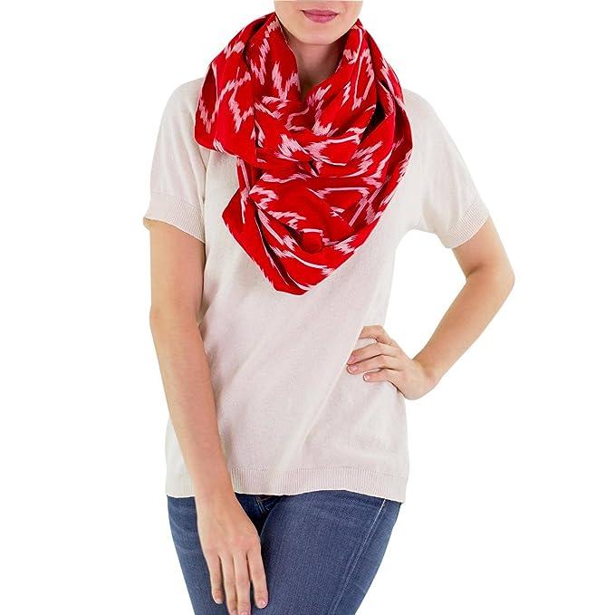 NOVICA Mujeres y el 100% el blanco infinito algodón bufanda del ...