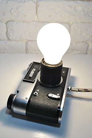 Upcycled Lamp Vintage 1980 S Film Camera Table Night Light Home Office Classroom Industrial Lighting Upcycling Crafts Furniture Upcycle Metal Style Diy Desk Lamps Amazon Canada