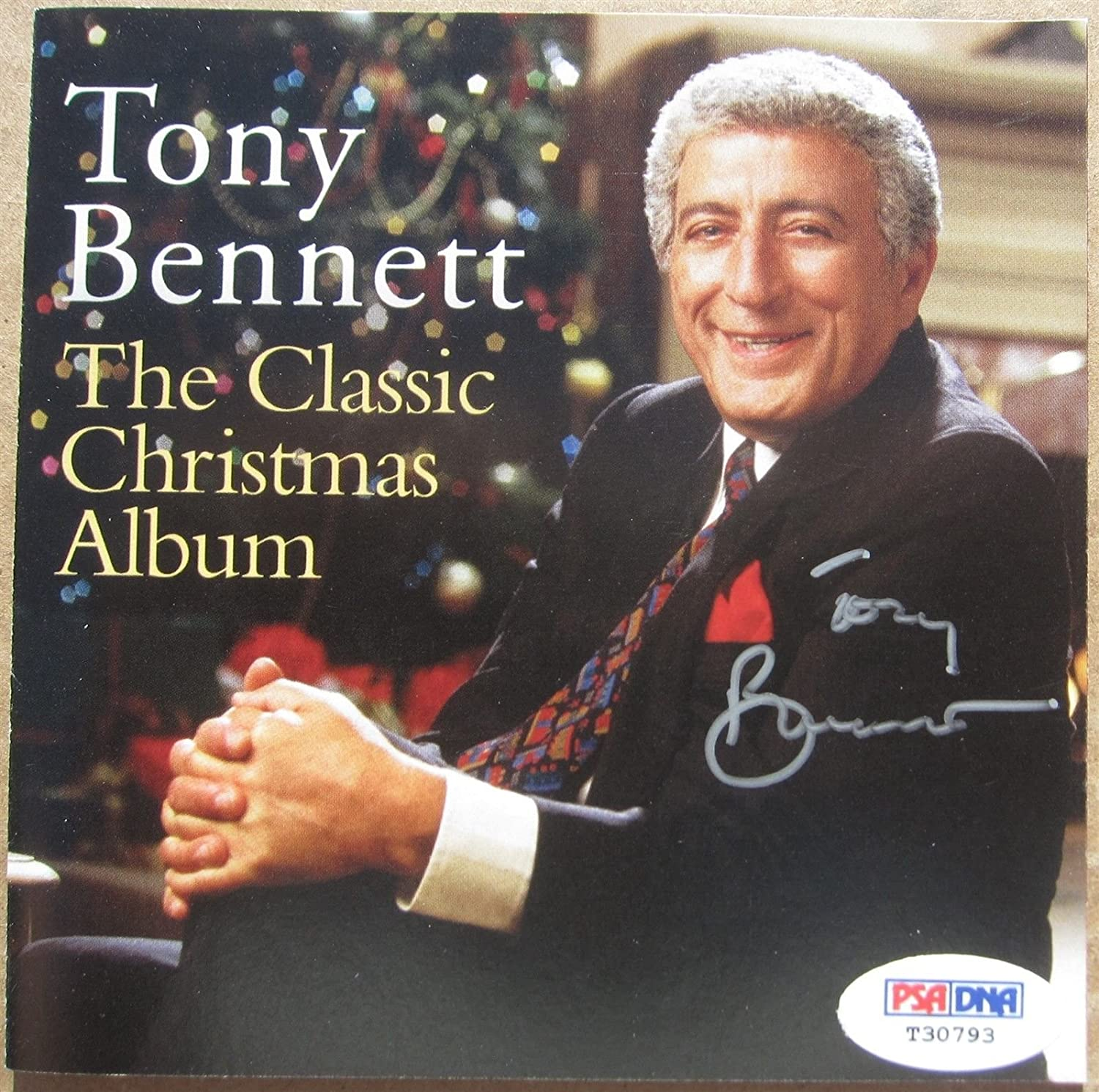 Tony Bennett signed CD Cover Booklet Classic Christmas Album PSA/DNA auto