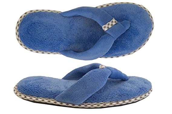 57d5eb7aa9f Amazon.com  Isotoner Women s Microterry Olivia Thong Slipper  Clothing