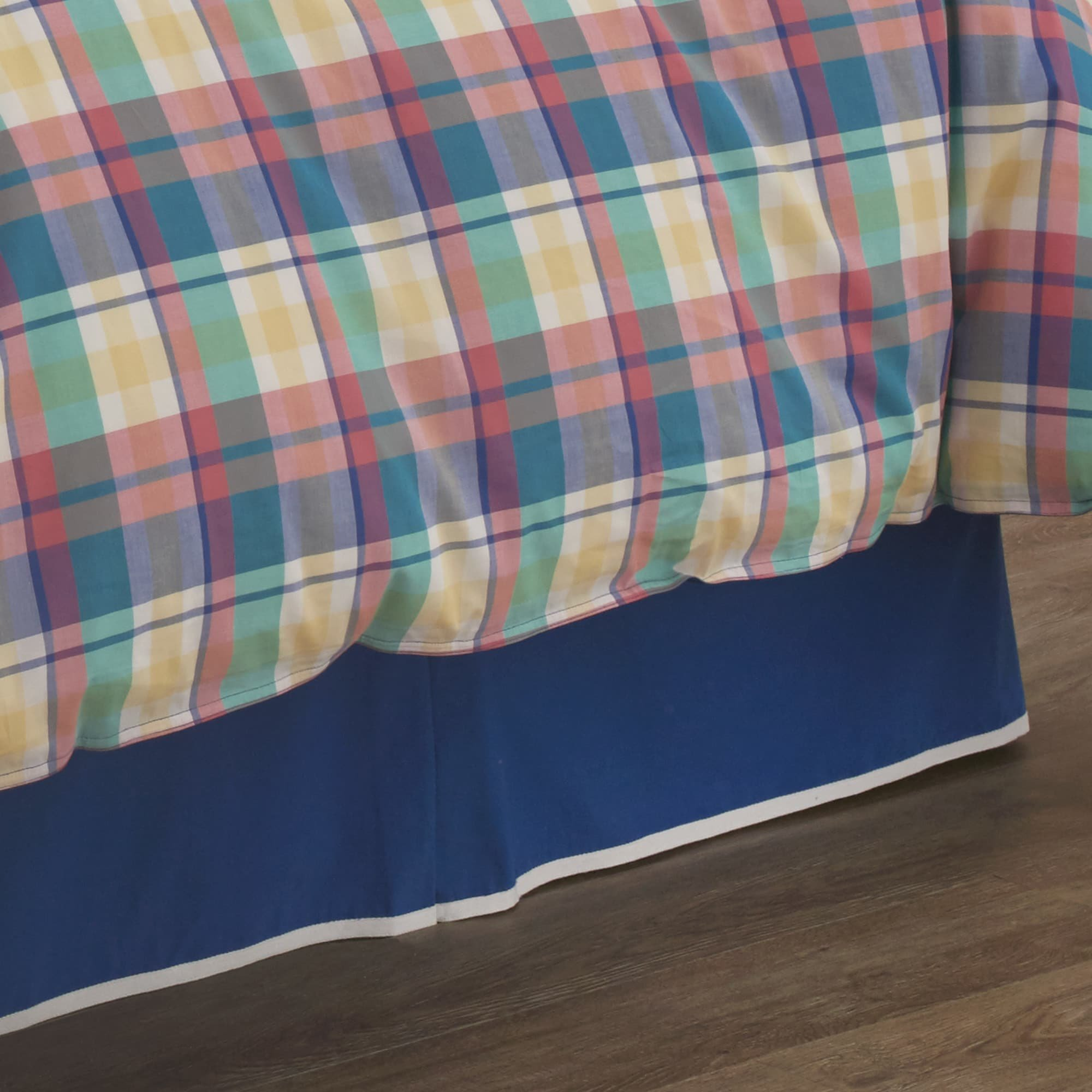 Southern Tide Prep School Plaid Bed Skirt Full
