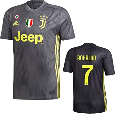 cheap for discount 454ea 619b5 Amazon.com: Juventus Ronaldo 3rd Black Jersey 2018/19 ...