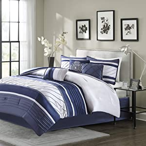Madison Park Blaire Cozy Comforter Set-Luxurious Faux Silk Traditional Pieced Design All Season Down Alternative Bedding with Matching Shams, Decorative Pillow, Cal King(104