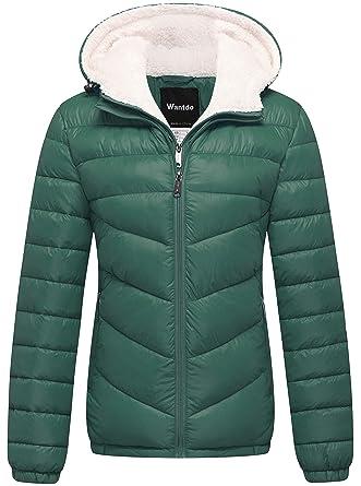 cd8a1d684399 Amazon.com  Wantdo Women s Winter Coats Hooded Windproof Puffer ...