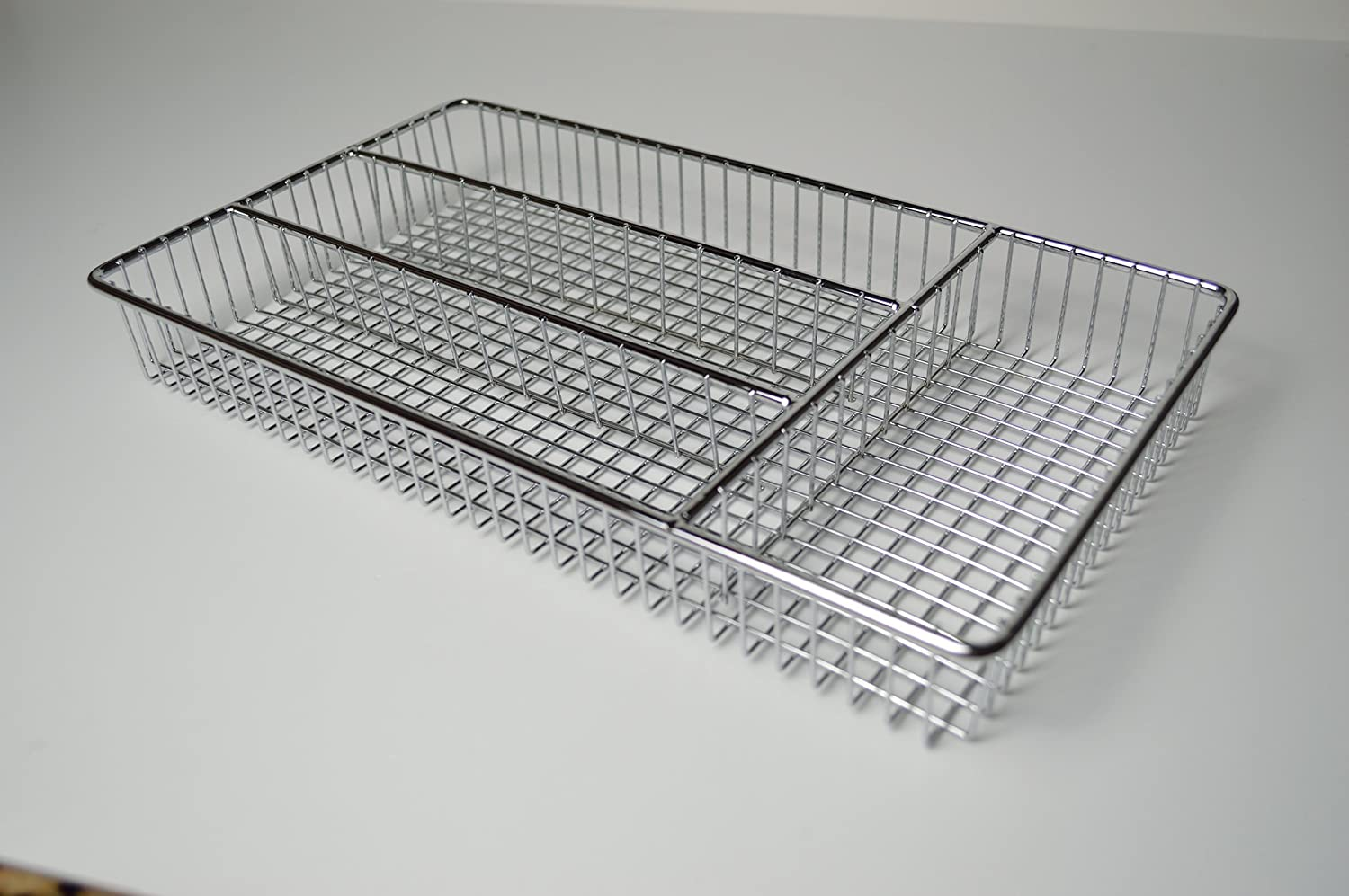 Deluxe Stainless Steel Chrome Small Cutlery Tray - L: 32cm x W: 18.5cm x H: 4cm (Stainless Steel) FurnitureXtra