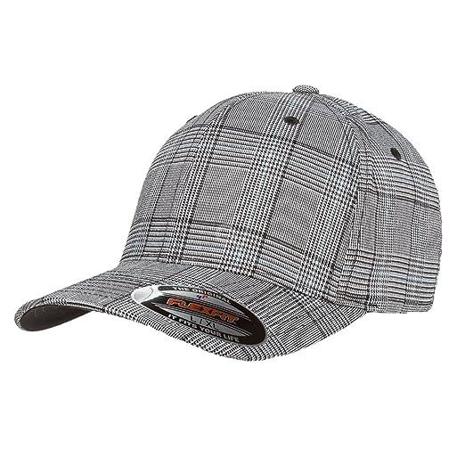 ebe445c01bc 2040USA Flexfit Premium Original Glen Check Plaid Baseball Fitted Cap-6196  at Amazon Men s Clothing store