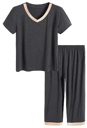 5fadd6f474e Latuza Women's Sleepwear Tops with Capri Pants Pajama Sets at Amazon ...