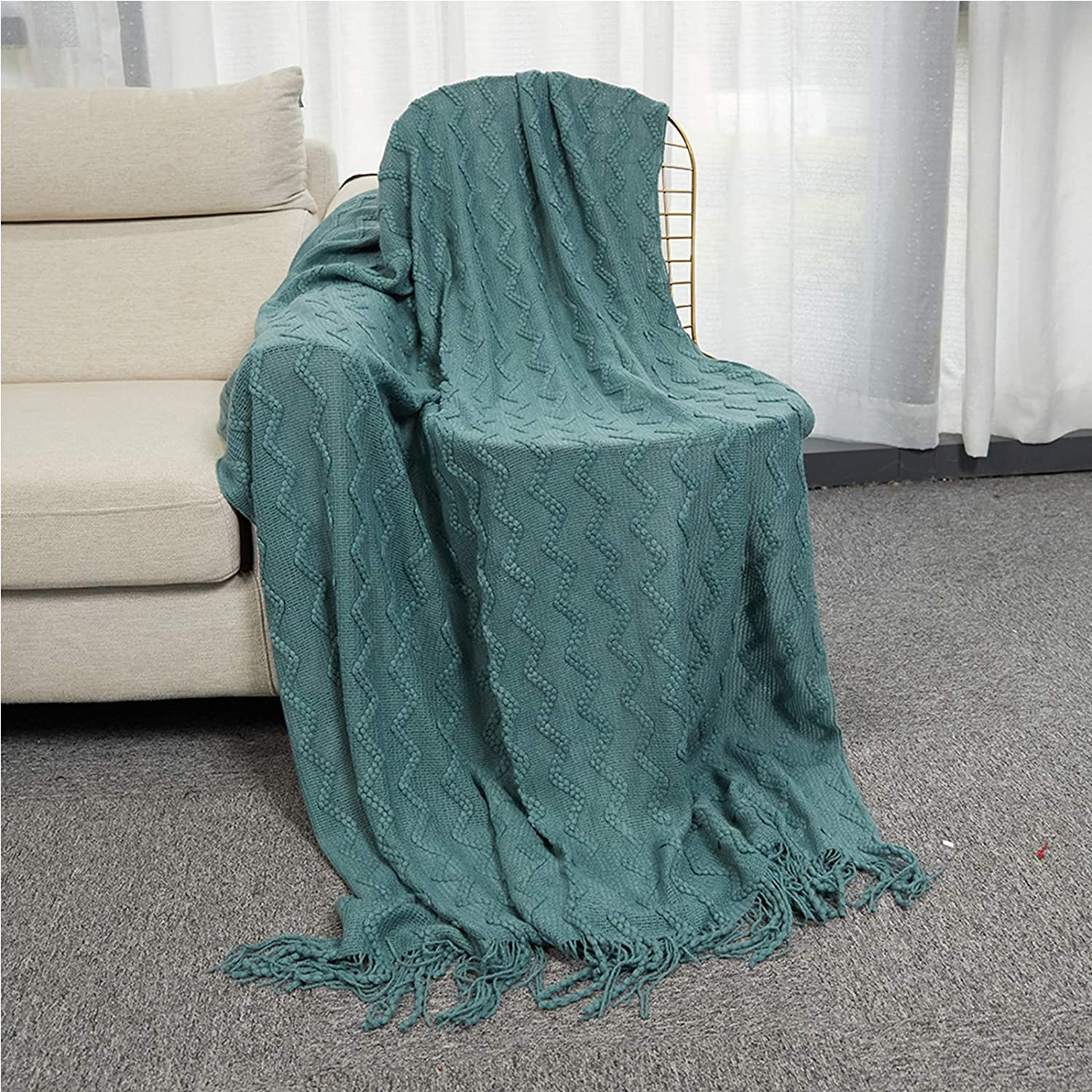 INSHERE Dark Green Solid Color Knit Woven Throw Blanket with Tassels Fringe Soft Warm Lightweight Cover Autumn Home Decor Decorative for Couch Bed Chair Sofa Living Room 49''x78'': Kitchen & Dining
