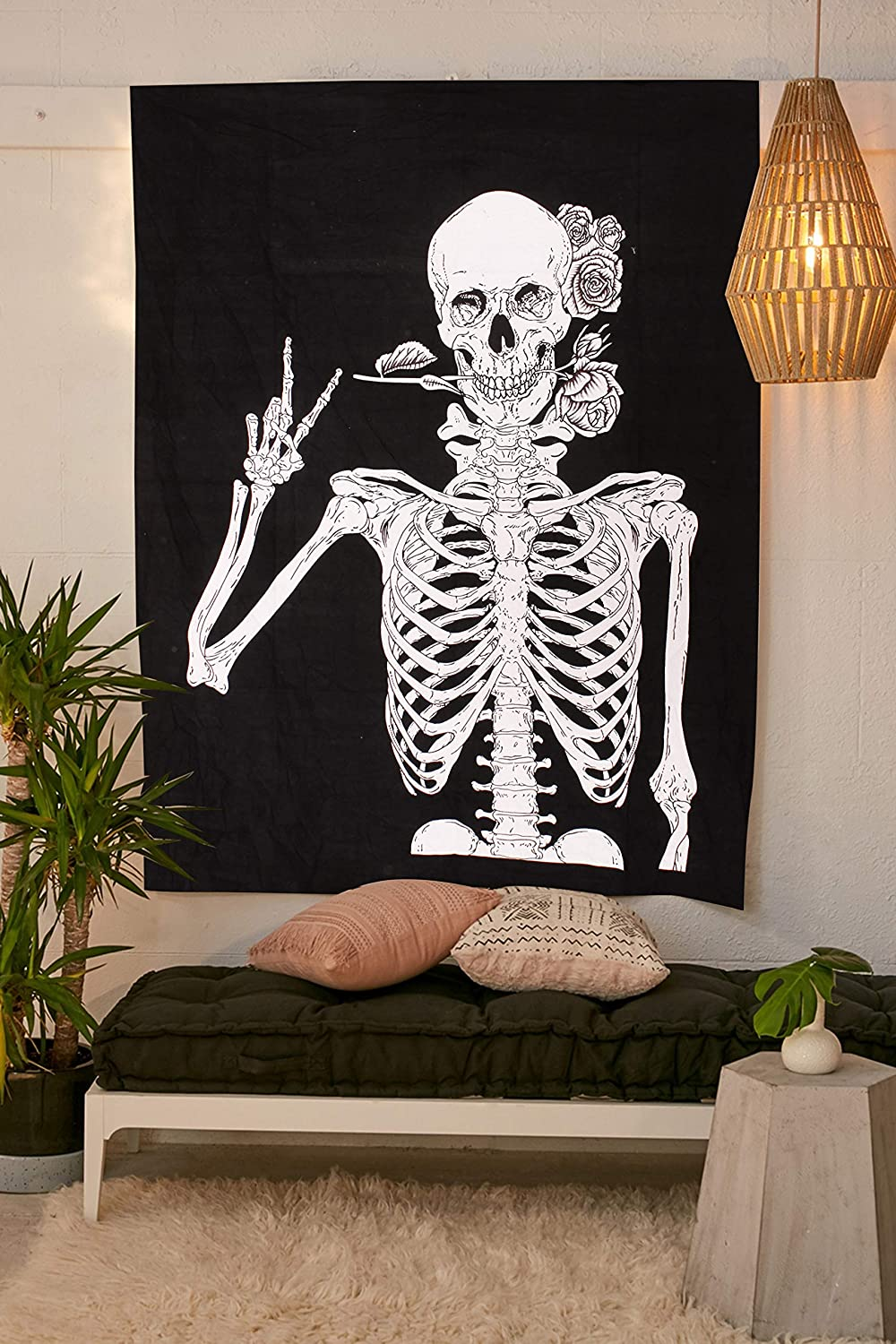 Skull Tapestry Wall Hanging Human Skeleton Bohemian Cotton Printed Wall Hanging Tapestries, Room Art Decoration, Black and White