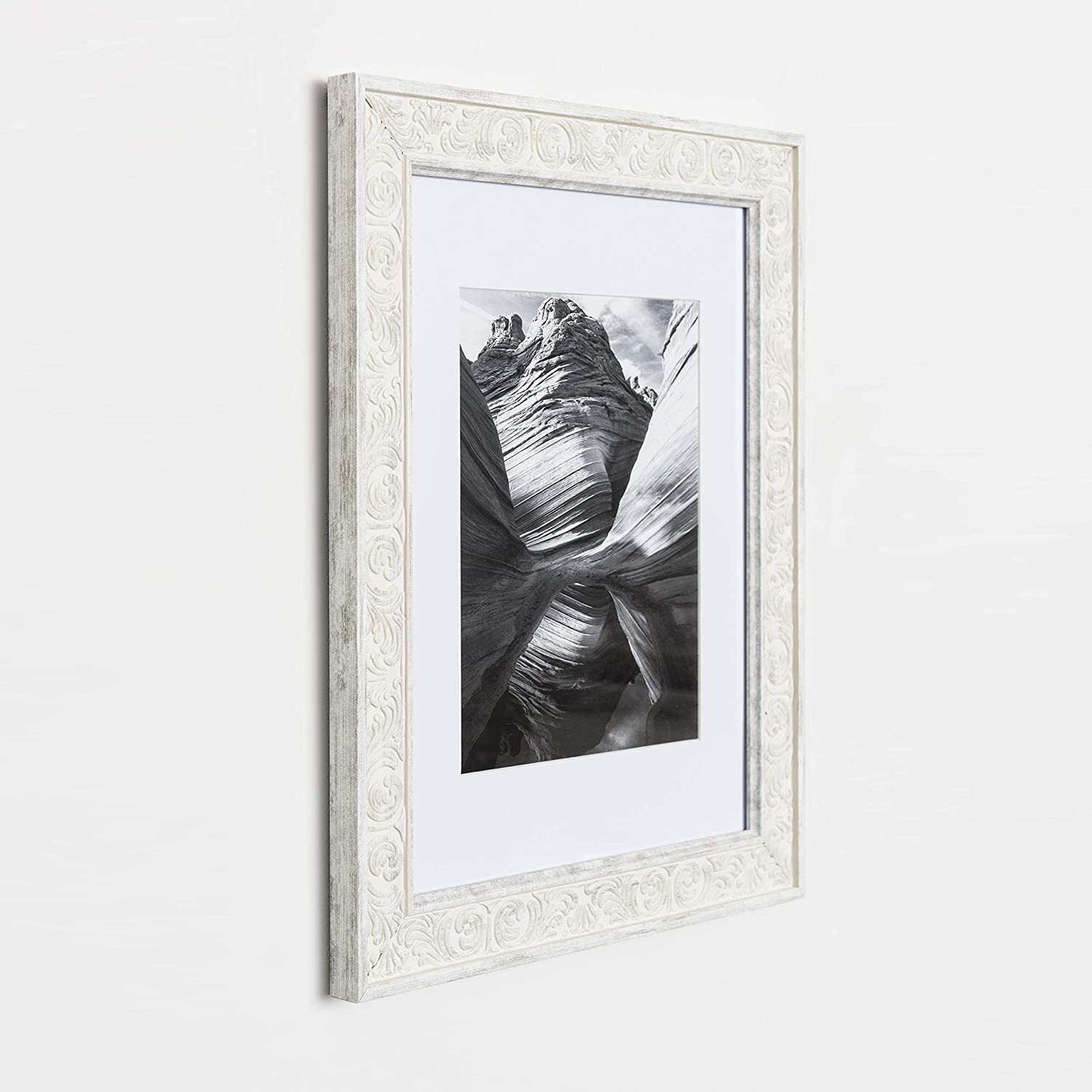 Frames by EcoHome Reclaimed Finish 8x10 Picture Frame White Matted for 5x7