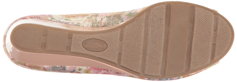 Anne Klein Sport Women's Camrynne Fabric Wedge Pump B01MRWVLI9 6.5 B(M) US Light Pink Fabric