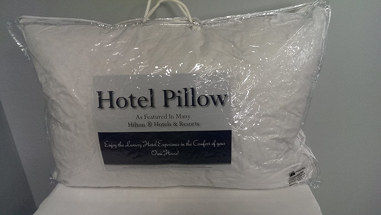 pacific coast touch of down queen pillow featured in many hilton hotels and resorts amazoncouk kitchen u0026 home