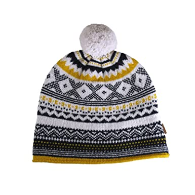b8f12be50b5 Burberry Fair Isle 100% Lambswool Knitted Ski Beanie Hat  Amazon.in   Clothing   Accessories