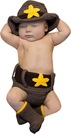 Cowboy hat diaper cover and bootie set