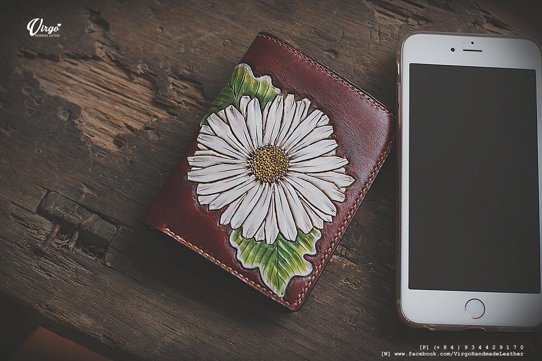 White daisy hand carved small wallet for women | Personalized Vintage vegetable tanned leather handmade wallet