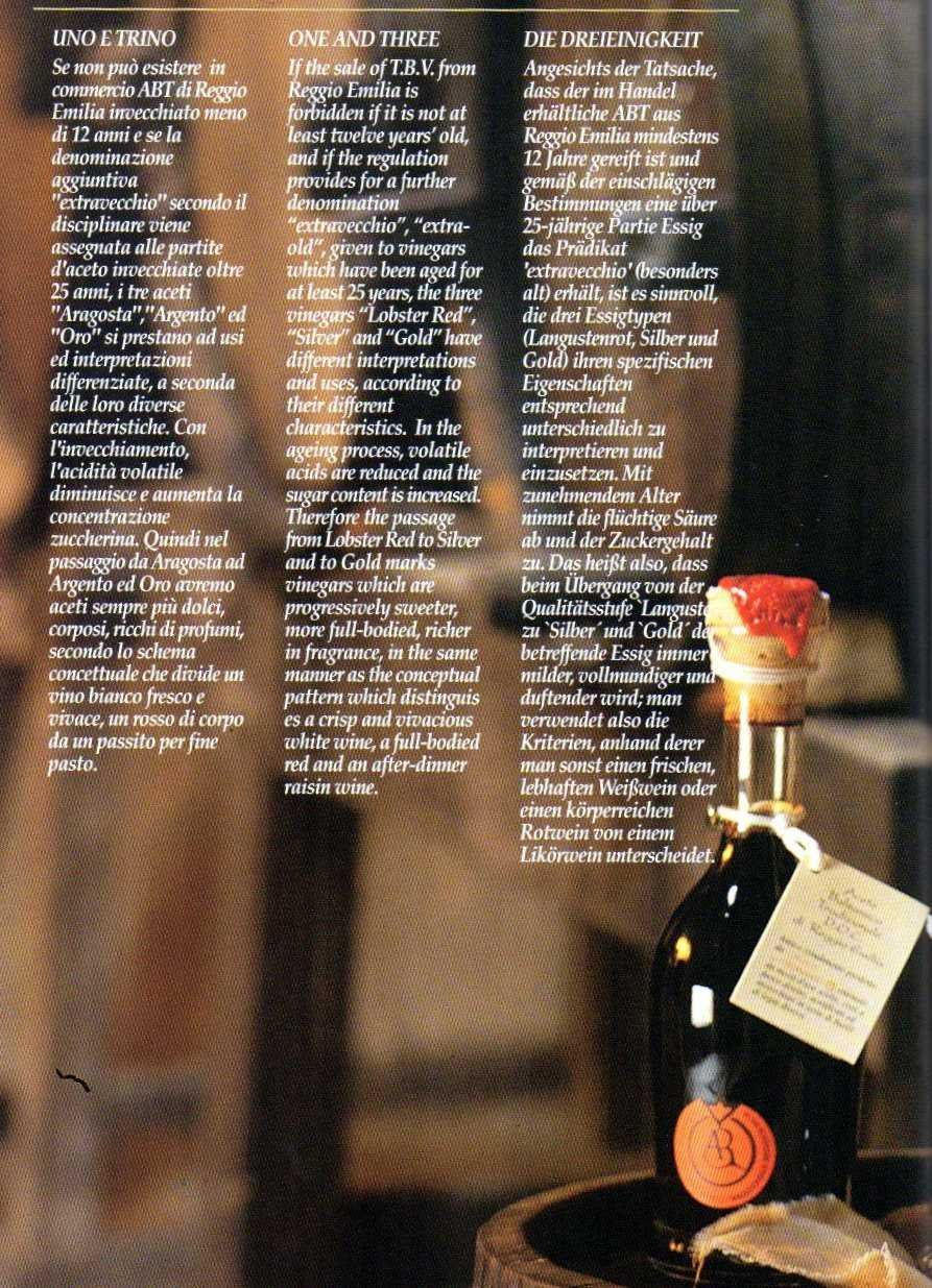 Traditional Balsamic Vinegar of Reggio Emilia PDO ''Golden Seal'', 3,5 oz. Least 25 years old + glass tic