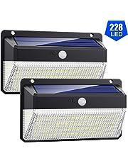 Luz Solar Exterior 228 LED, VOOE [Versión Super Brillante 2000LM] Foco Solar Exterior con Sensor de Movimiento 270° de Iluminación Luces Solares Impermeable Lámpara Solar 3 Modos Para Jardín 2-Paquete