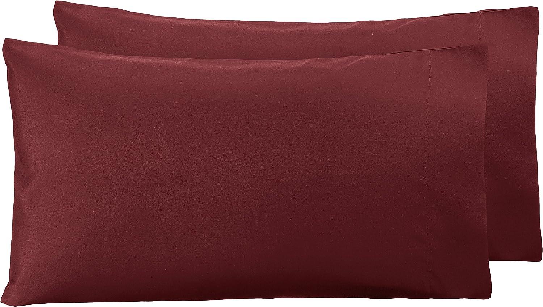 AmazonBasics - Funda de almohada de microfibra, 2 unidades, 50 x 80 cm - Burdeos