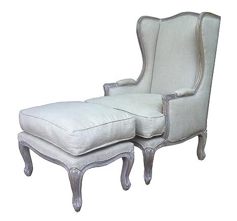 Una bella intagliato in stile francese shabby chic Wing sedia ...