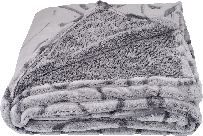 SOCHOW Uragiri Flannel Fleece Throw Blanket, Warm Lightweight Super Soft Blanket 50 × 60 Inches, Grey