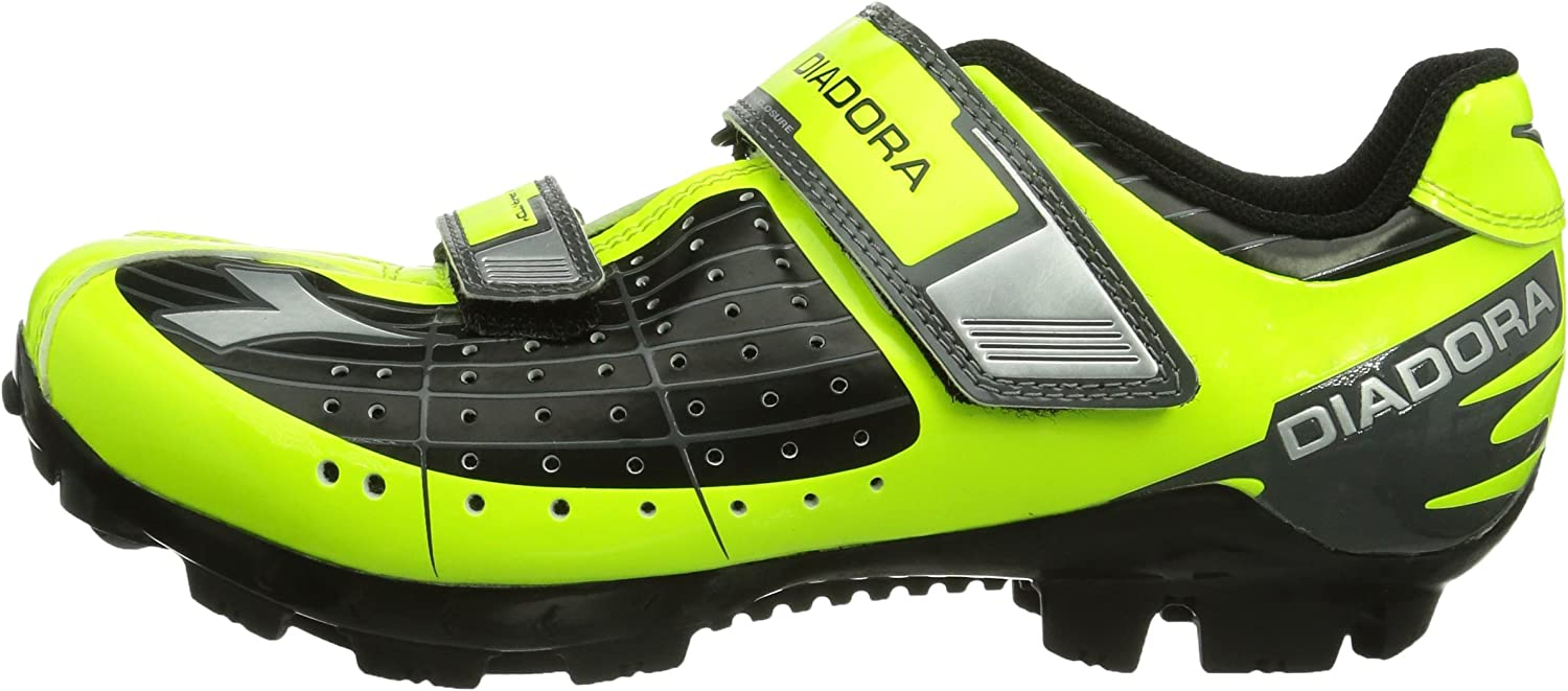 Clipless mountain bike shoes for kids'
