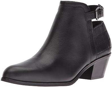 524c032947e6a7 Via Spiga Women s Caryn Ankle Bootie