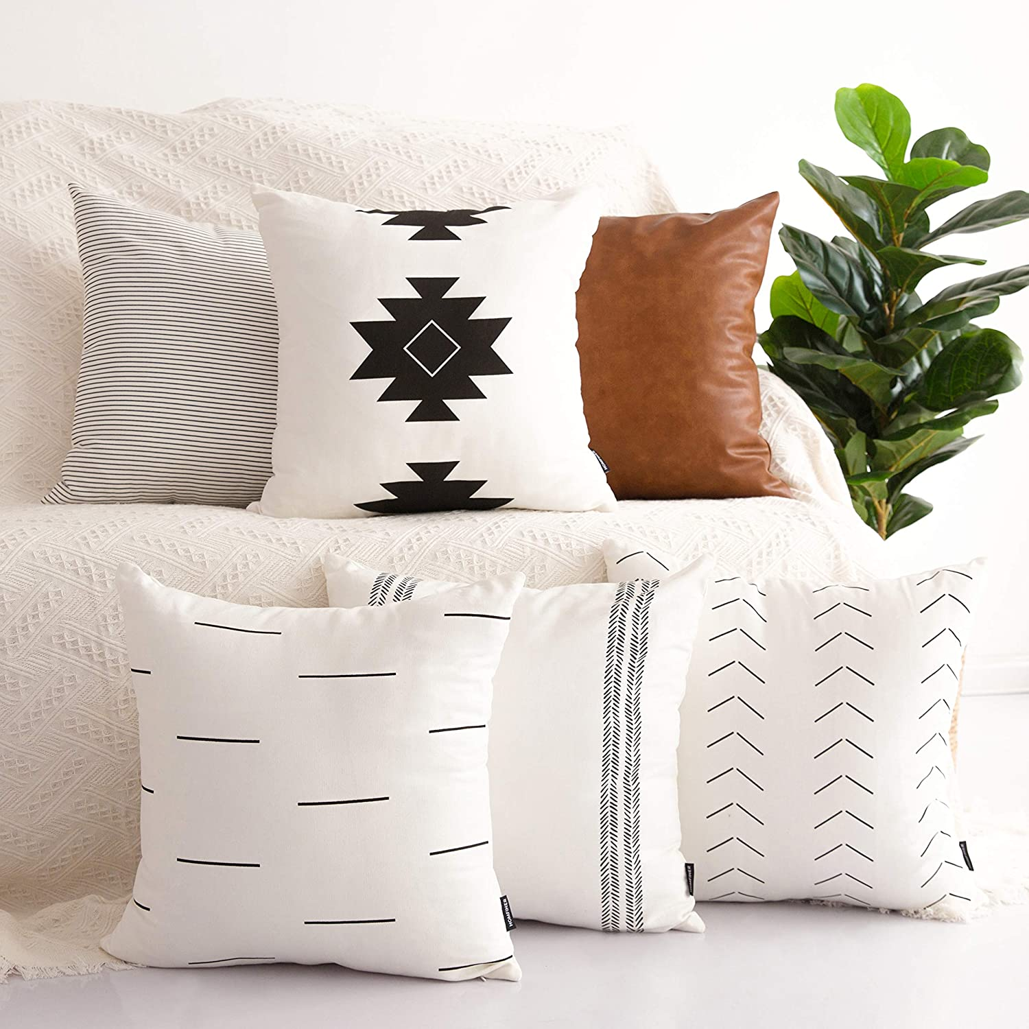 Amazon Com Homfiner Decorative Throw Pillow Covers For Couch Set Of 6 100 Cotton Modern Design Stripes Geometric Bed Or Sofa Pillows Case Faux Leather 18 X 18 Inch Kitchen Dining