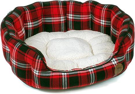 Amazon Com Petface Red Tartan Check Oval Dog Bed Medium Pet Supplies