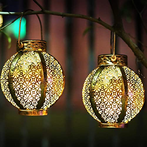 Hanging Solar Lanterns Retro Solar Lights Outdoor with Handle, Outdoor Solar Garden Lights Metal Waterproof Decorative for Backyard, Porch, Tree, Fence, Patio, Pathway, Brown, 2 Pack