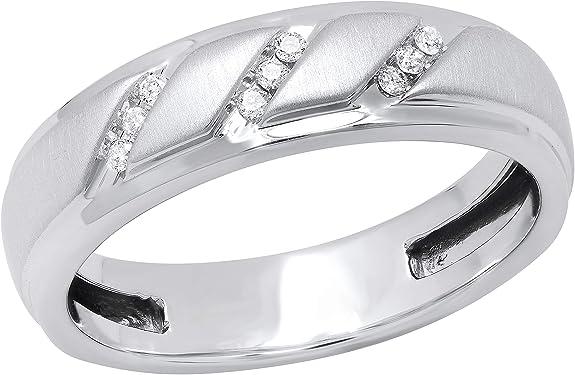 anillo de boda de oro blanco con 9 diamantes
