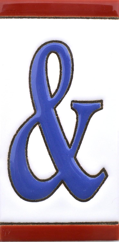 Insegna con numeri e lettere fatte di piastrelle di ceramica policroma, dipinte a mano con la tecnica cuerda seca, nomi indirizzi e segnaletica. Testo personalizzabile. Disegno USA MEDIANO 10,9 cm x 5,4 cm. (LETTERA A) 4 cm. (LETTERA A) Art Escudellers
