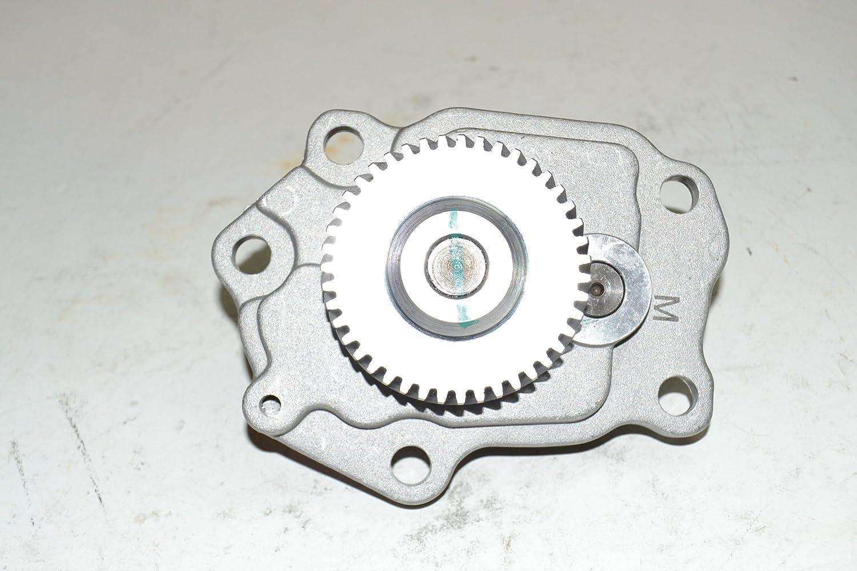 Amazon com: Nissan Oil Pump 15010-Iw402 for Td25 Td27 Qd32