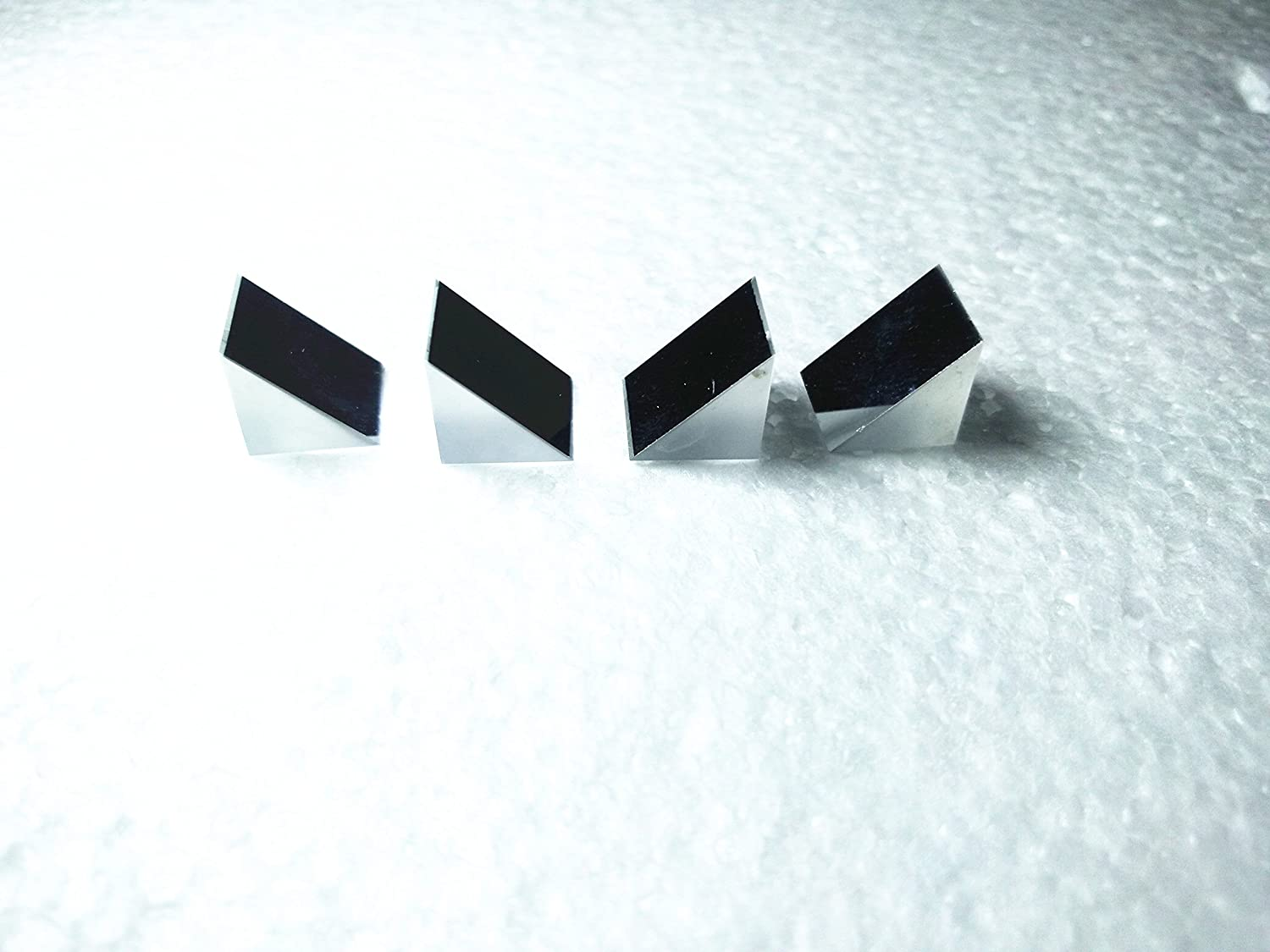 KUNHEWUHUA 4pcs 10x10x10mm Optics Prism Glass Right Angle Slope Reflecting