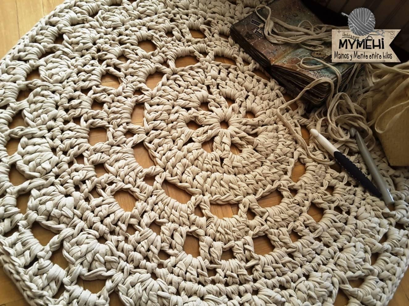 Alfombra redonda mandala de trapillo grueso beige de 85 cm ...