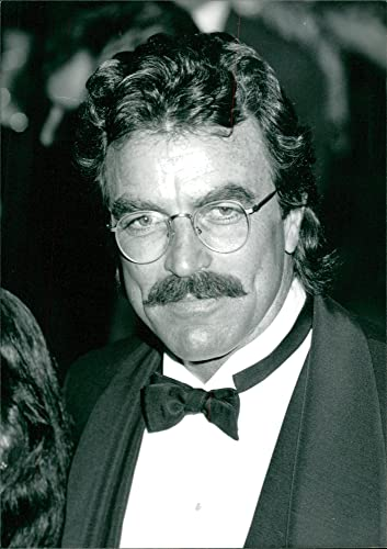 What Size Shoe Does Tom Selleck Wear.Amazon Com Vintage Photo Of Tom Selleck Entertainment