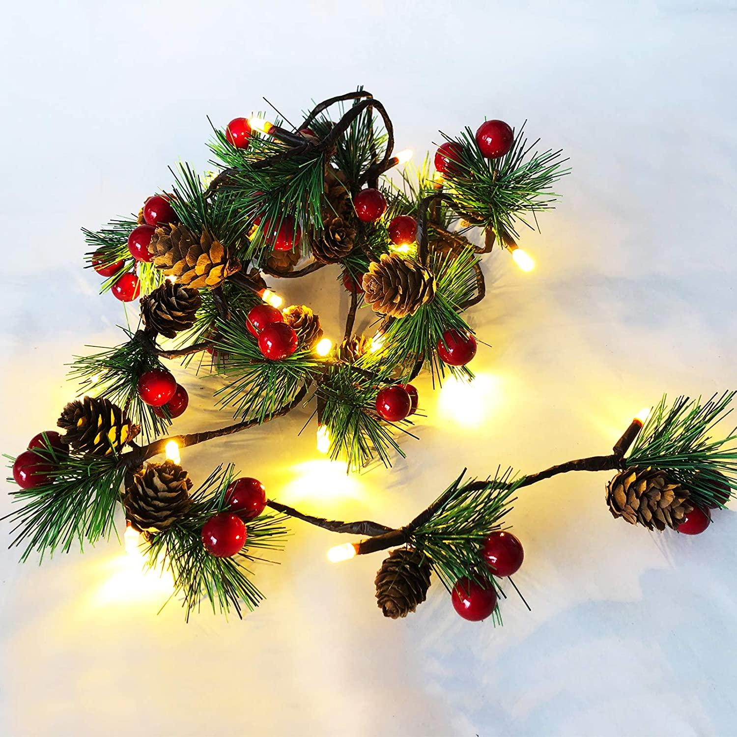 HamiFinee Christmas Garland Lights 6.56FT Holiday Prelit Garland Pine Cone Garland Light with Red Berry Upgraded Battery Operated Garland with LED Lights Xmas Decor Lights for Otdoor Indoor Christmas