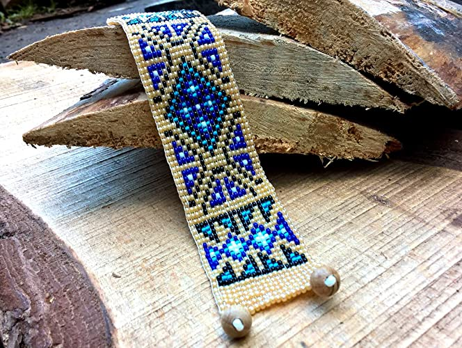 Amazon Com Cherokee Blue Old Patterns Native America Bead Bracelet