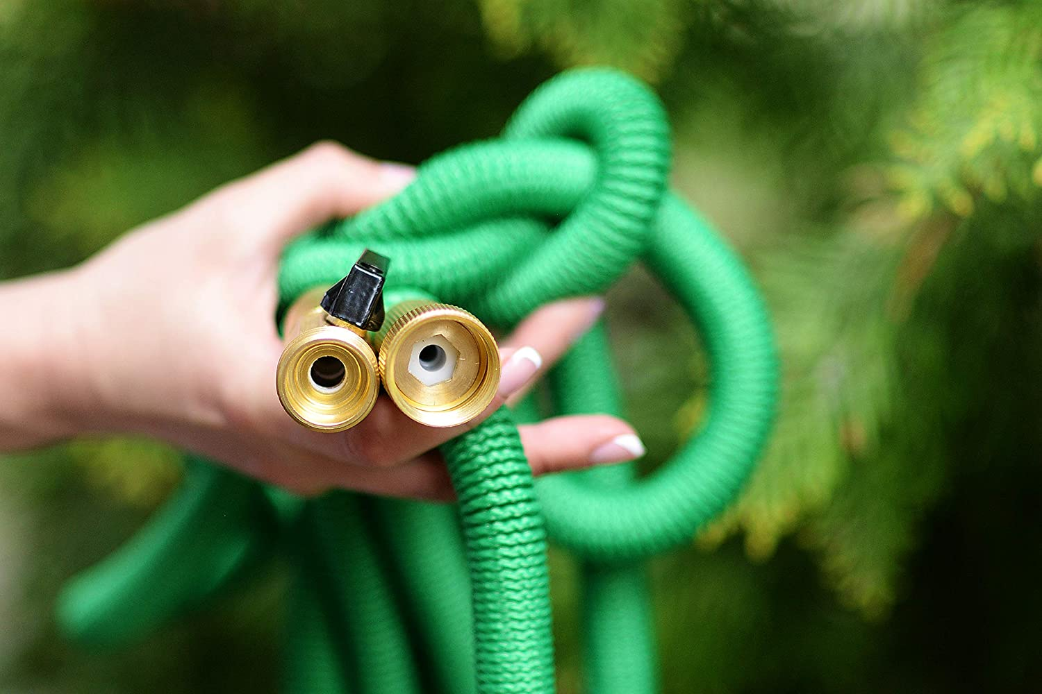 Heavy Duty Garden Water Hose Riemex Expandable Hose Green Triple Latex Expanding Solid Brass Metal Fittings Connectors 25 FT New 2019 Flexible Strongest for All Watering Needs