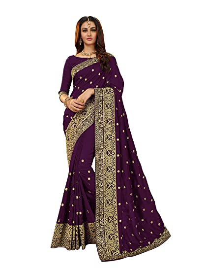 01086586eed519 Manohari Purple Silk Blends Embroidered Saree with Blouse  Amazon.in   Clothing   Accessories