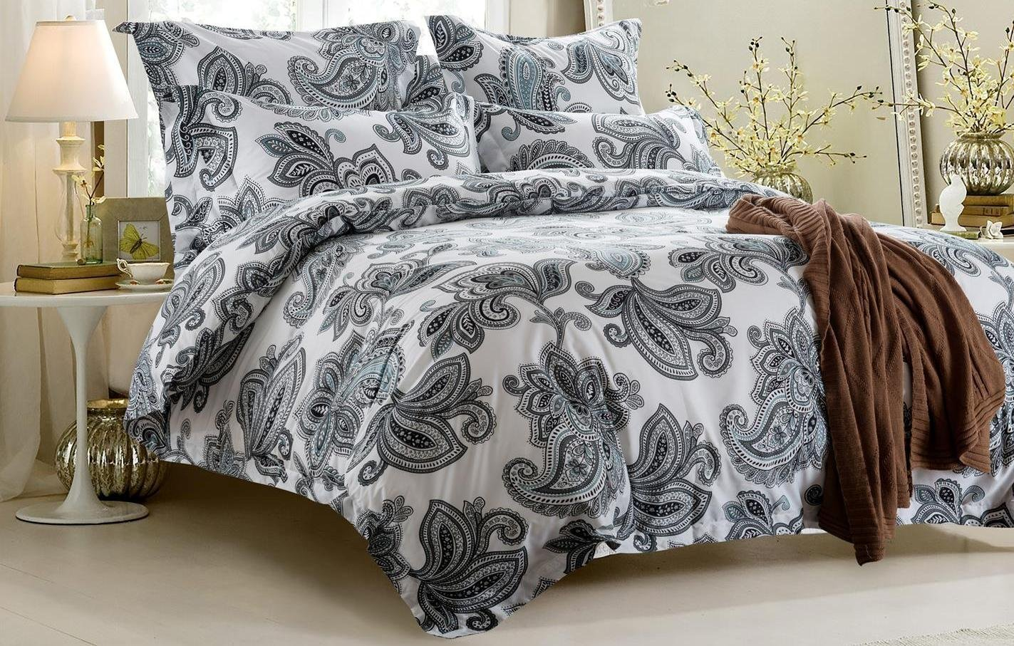 6pc Black and White Design Bedding Set