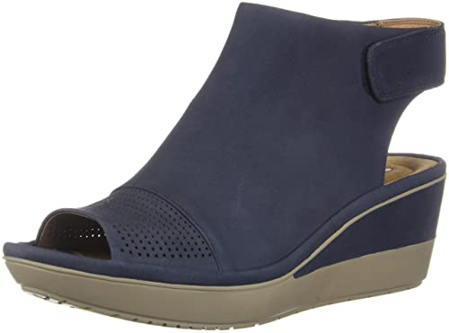 018df0833ab Clarks Women s Wynnmere Abie Sandals  Amazon.ca  Shoes   Handbags
