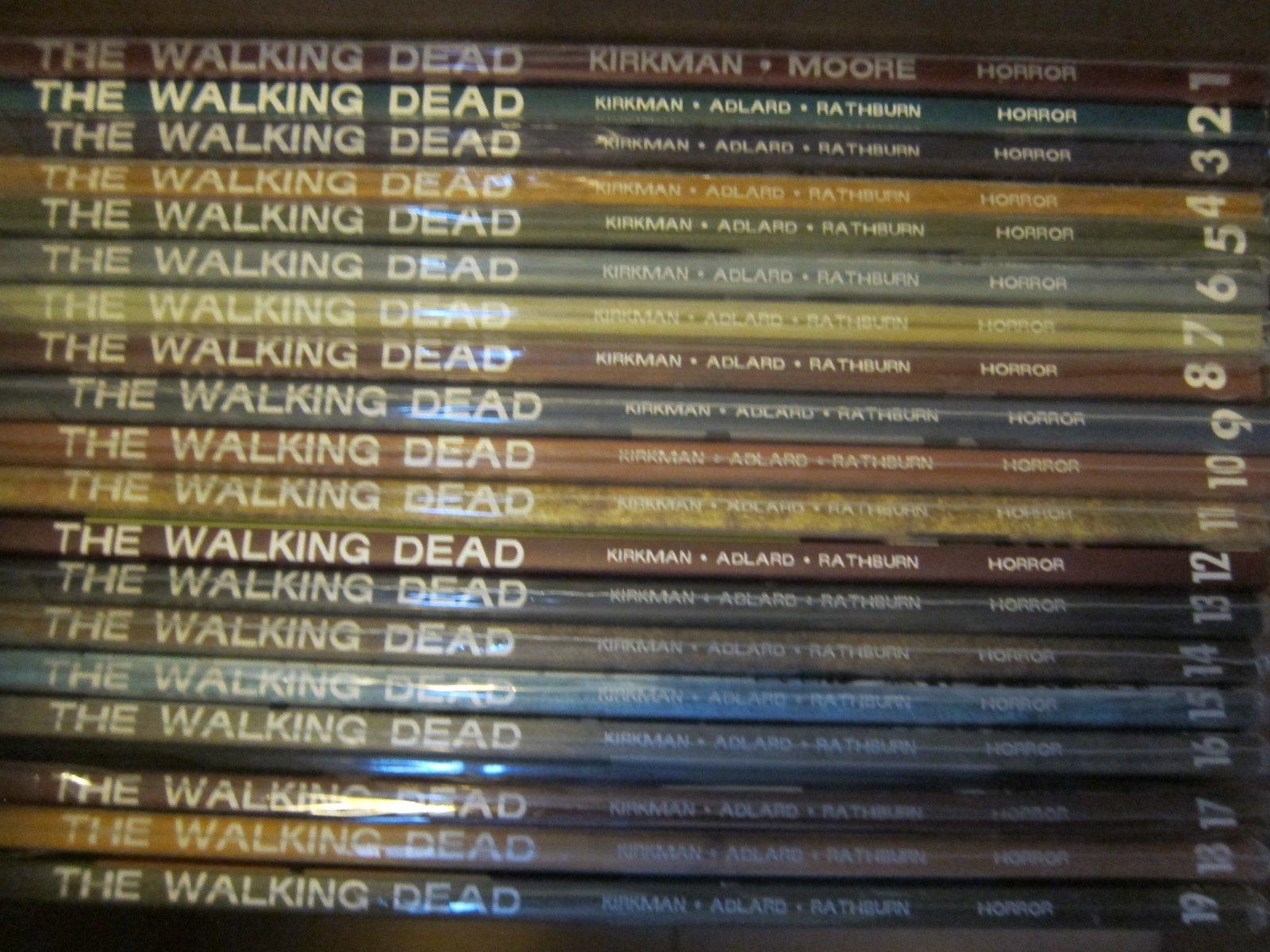 The Walking Dead Comic Book Collection 1 19 Reprints Comics 1 114 Full Run Lot Robert Kirkman 0753677438156 Books