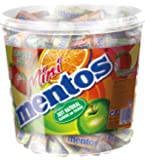 Mini Mentos Fruit Mix | Box mit Frucht-Dragees | Orange Erbeeren Apfel Zitrone Geschmack | Eimer mit 120 Rollen Kaubonbons