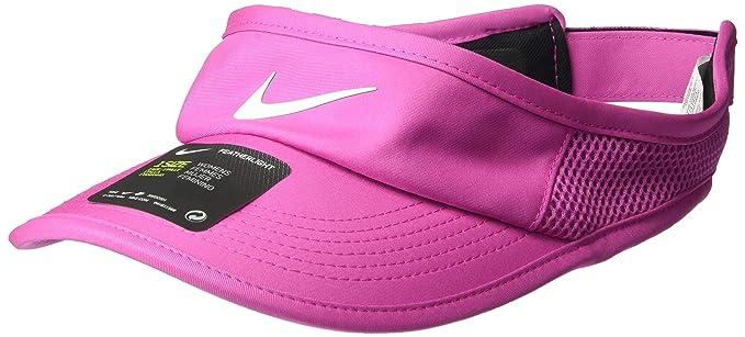 0e93bbf502fad Amazon.com  NIKE Women s Aerobill Featherlite Adjustable Visor  Nike ...